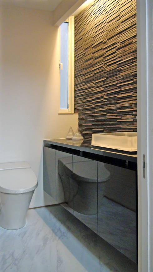modern Bathroom by k-design(カワジリデザイン)