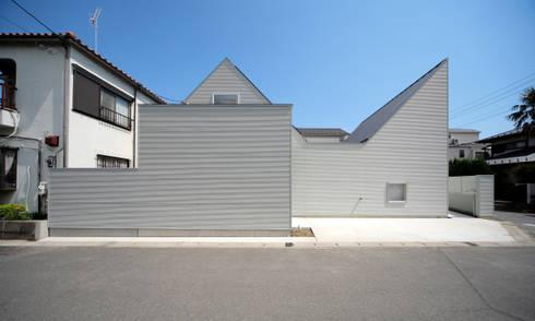 北面外観: 星設計室が手掛けた家です。