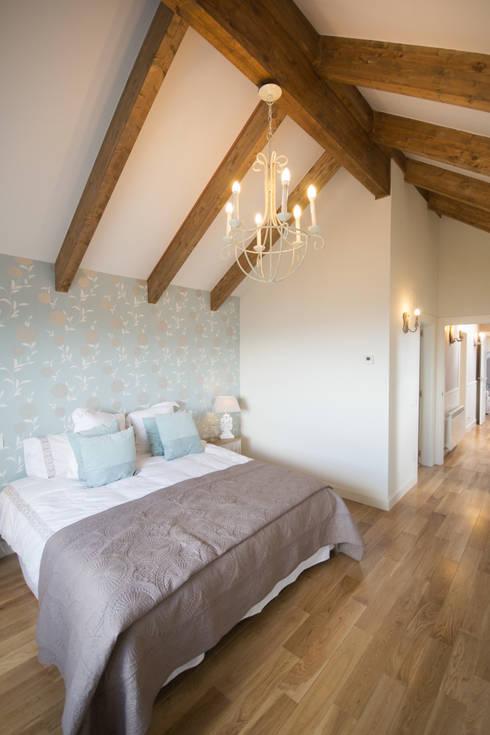 Projekty,  Sypialnia zaprojektowane przez Canexel