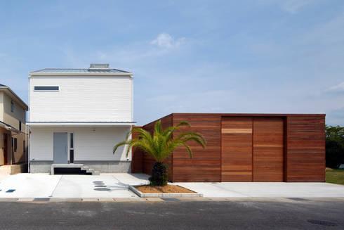 白浜の別荘: 一級建築士事務所 増田寿史建築事務所が手掛けた家です。