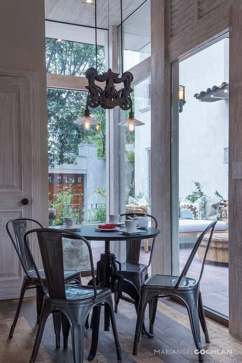 廚房 by MARIANGEL COGHLAN