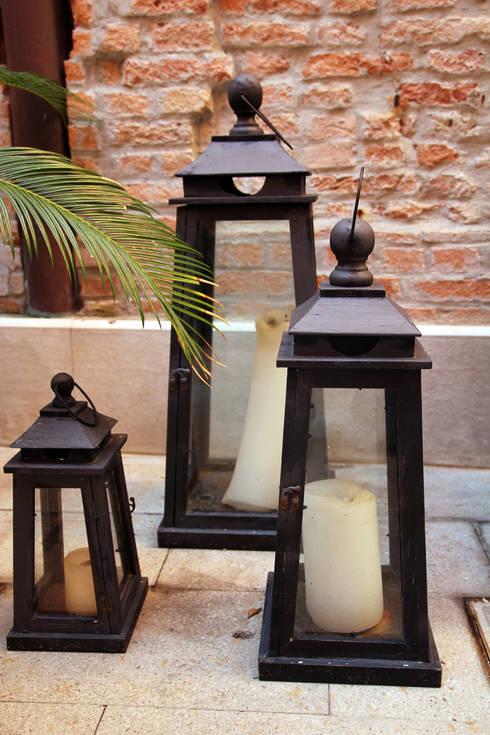 Un bed&breakfast a Venezia: Giardino in stile in stile Classico di ESTERNIDAUTORE