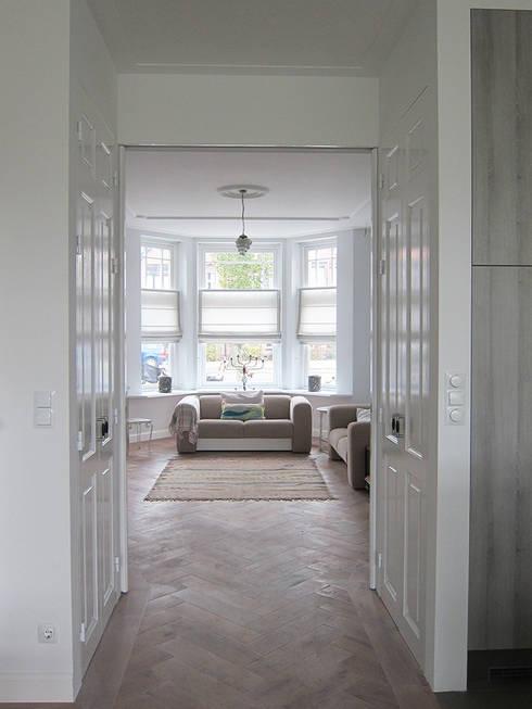 Salas de estar  por Puurbouwen
