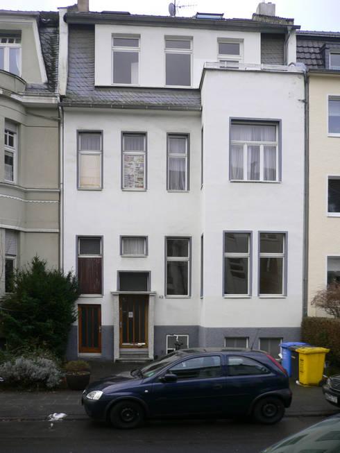 Projekty, klasyczne Domy zaprojektowane przez waldorfplan architekten