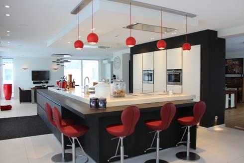 Tinnemans keukens moderne strakke kookeilanden homify