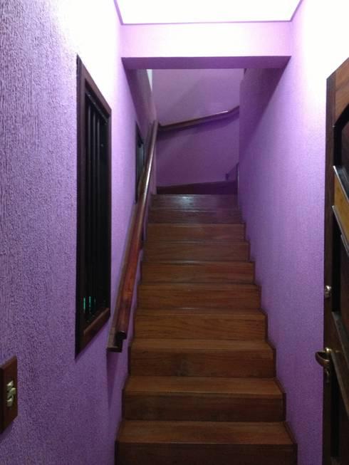 Escada: Antes da reforma:   por Espaço do Traço arquitetura