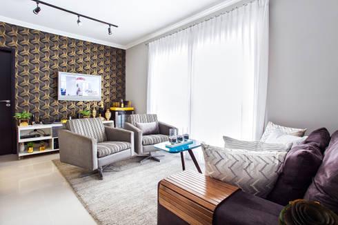 Living  moderno: Salas de estar modernas por Lo. interiores