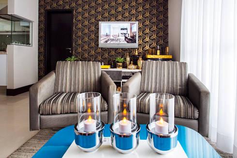 Home: Salas de estar modernas por Lo. interiores