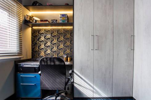 Home Office: Escritórios  por Lo. interiores