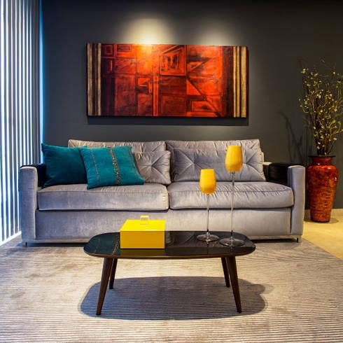 Estar: Salas de estar modernas por Lo. interiores