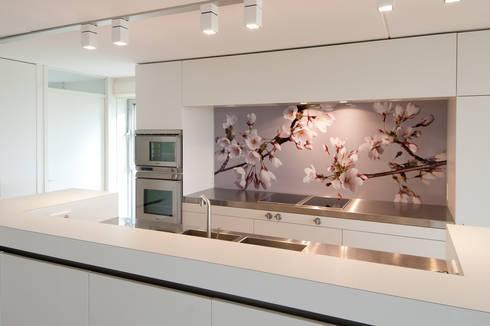 Achterwand Opknappen Keuken : Keuken u magnolia geel naar hoogglans wit