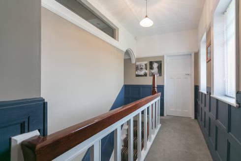 Beechwood:  Corridor & hallway by SDA Architecture Ltd