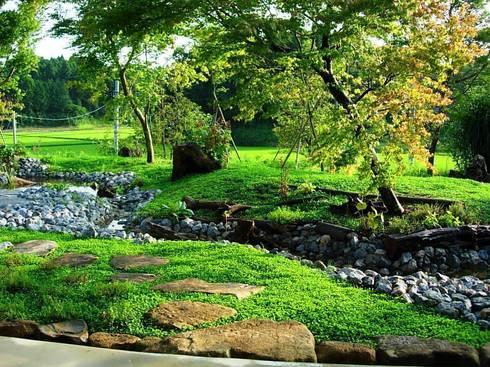 庭全景: 木村博明 株式会社木村グリーンガーデナーが手掛けた庭です。
