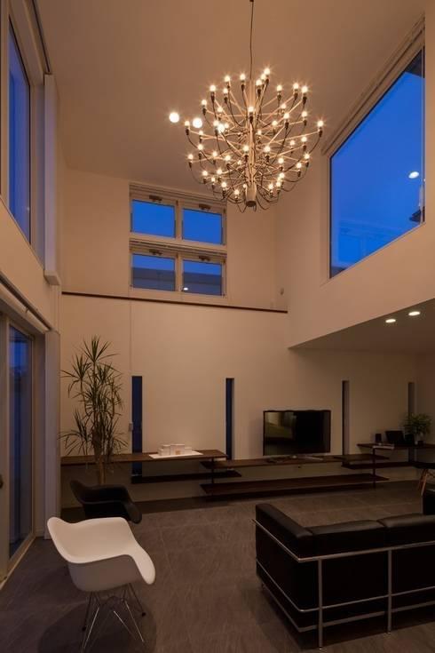 modern Living room by LITTLE NEST WORKS