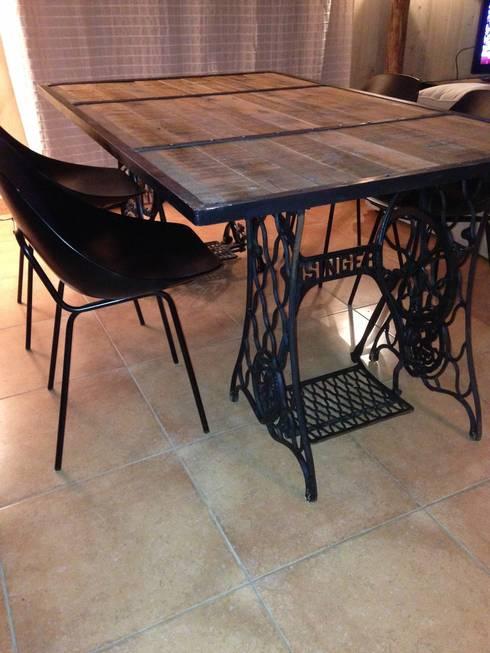 table d ner par lilou de la palette homify. Black Bedroom Furniture Sets. Home Design Ideas