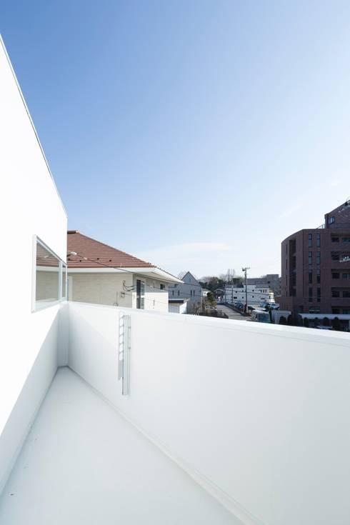 sha-la Balcony: e do design 一級建築士事務所が手掛けたベランダです。