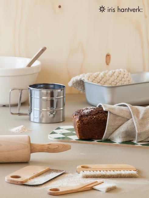 Cocinas de estilo minimalista de Iris Hantverk