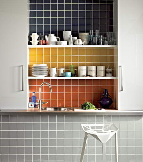 Paredes y pisos de estilo moderno por The London Tile Co.