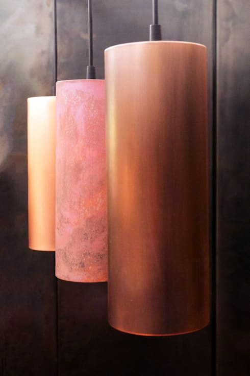 Copper Barrel Lamps:  Wohnzimmer von METAL INTERIOR