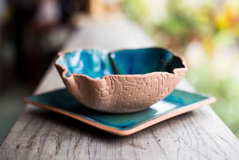 Tigela Renda.: Cozinha  por Ateliê de Cerâmica - Flavia Soares