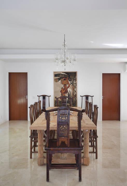 Comedores de estilo moderno por Ricardo Melo e Rodrigo Passos Arquitetura