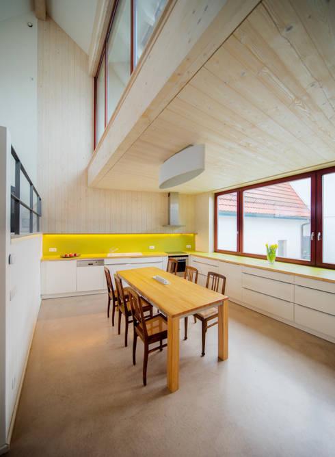 Cozinhas  por Architektin Tanja Ernst-Adams