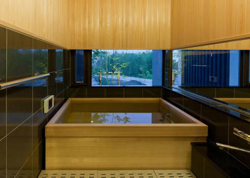 浴室: Egawa Architectural Studioが手掛けた浴室です。