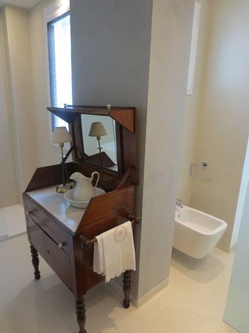 Reforma integral baño-BARCELONA: Baños de estilo  de ROIMO INTEGRAL GRUP