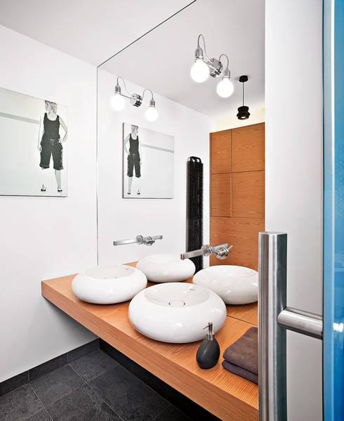 Badezimmer von justyna smolec architektura & design