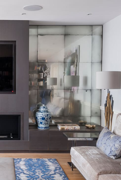 Fireplace Wall Alcove Mirrors:  Living room by Rupert Bevan Ltd