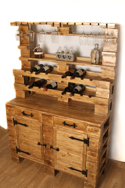 Wine cabinet:  Dining room by Pallet Stuff Glasgow