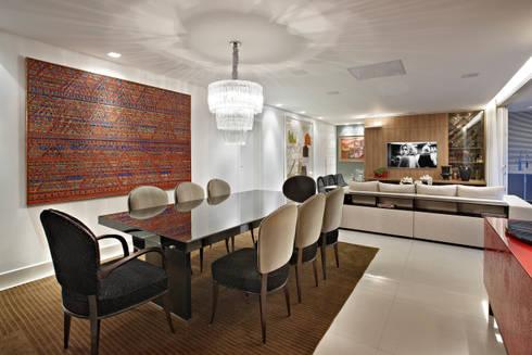 APARTAMENTO  SANTO AGOSTINHO: Salas de jantar modernas por Cícera Gontijo