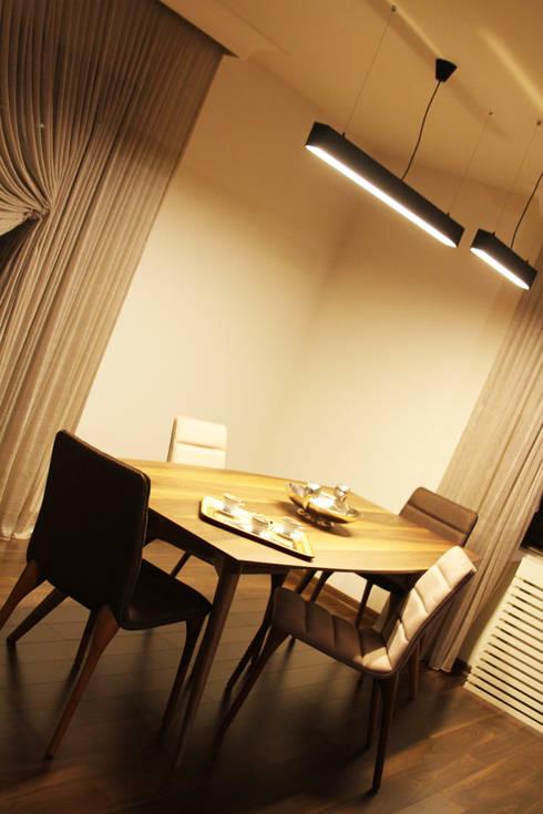 Gizem ONURMEN ARCHITECTS  – MAISON SE:  tarz Yemek Odası
