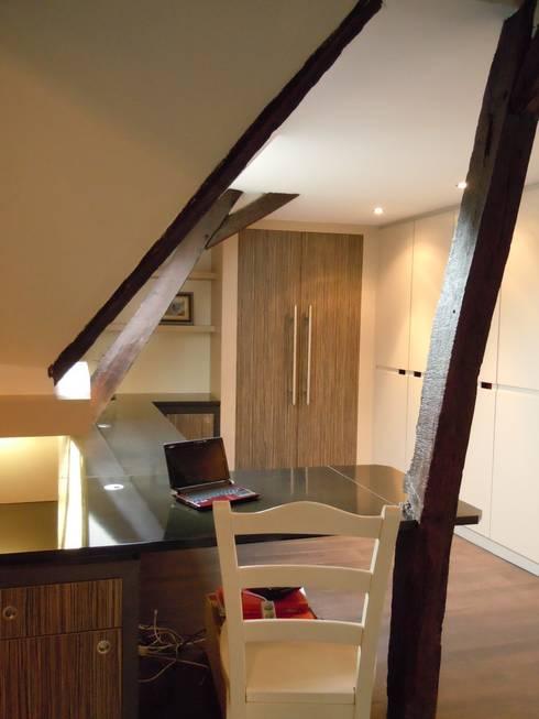 am nagements de combles par emilie bigorne architecte d 39 int rieur cfai homify. Black Bedroom Furniture Sets. Home Design Ideas