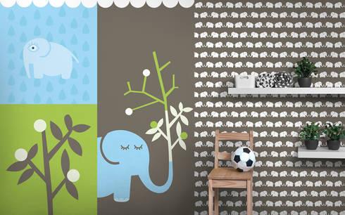 Fototapete & Tapete (graubraun) Elephants, for him: moderne Kinderzimmer von Designstudio DecorPlay
