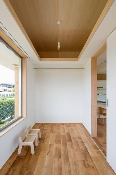 Projekty,  Pokój dziecięcy zaprojektowane przez 矢内建築計画 一級建築士事務所