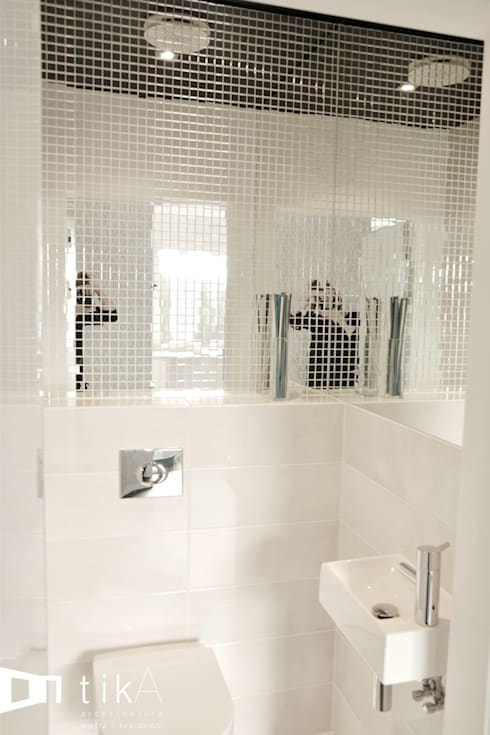 Wnętrze domu jendorodzinnego, Myślenice: styl , w kategorii Łazienka zaprojektowany przez TIKA