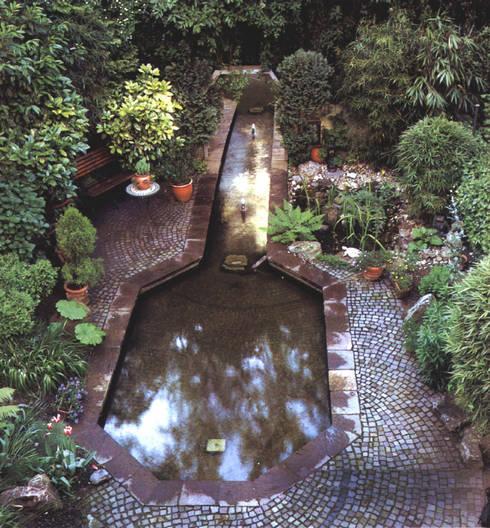 Jardines de estilo  por Architektura krajobrazu- naturalne systemy uzdatniania wod