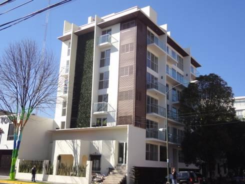 TEPIC 30: Casas de estilo moderno por IARKITECTURA