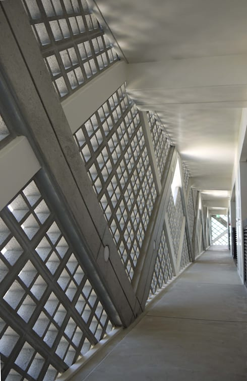 .: 一級建築士事務所 mino archi- labが手掛けた廊下 & 玄関です。