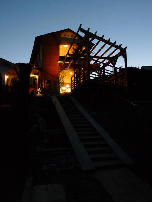 บ้านและที่อยู่อาศัย by 風建築工房