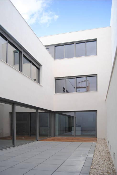 VIVIENDA UNIFAMILIAR EN ALMANSA: Casas de estilo  de MBVB Arquitectos