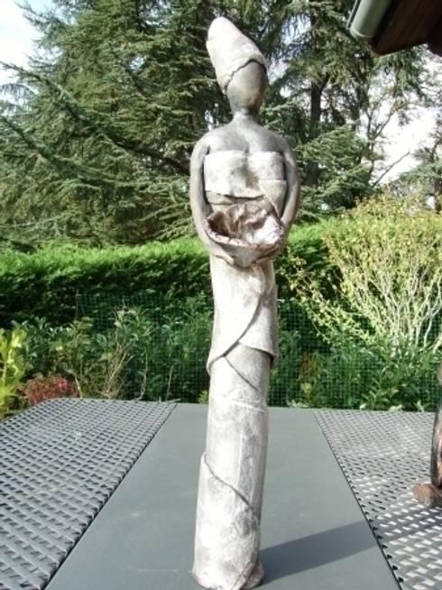 vestale: Art de style  par Le monde imaginaire du Raku