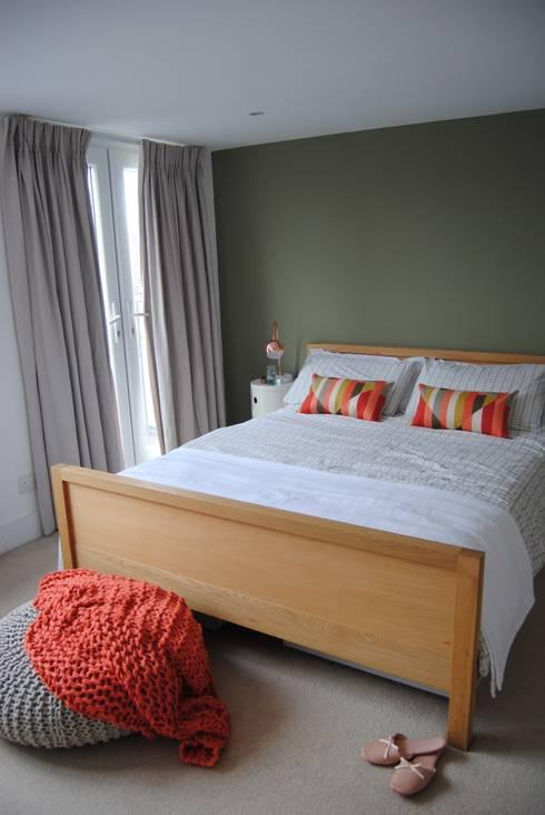 Chambre de style de style Moderne par Otta Design