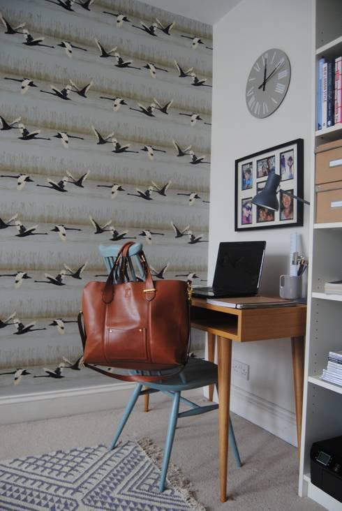 Oficinas de estilo moderno por Otta Design