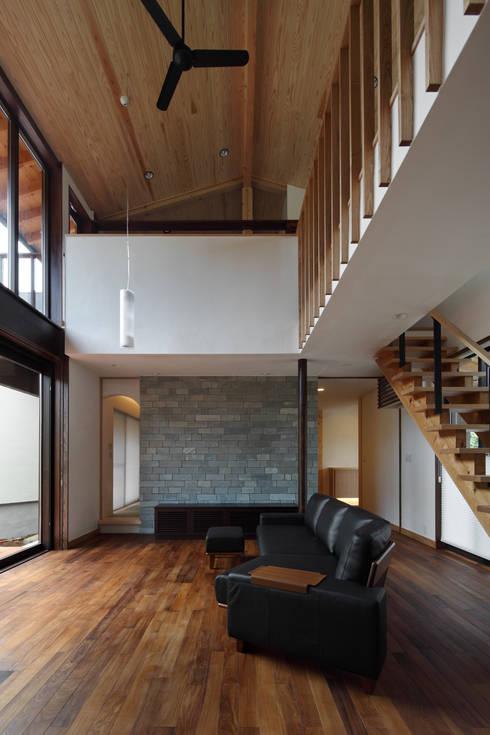 Phòng khách by TAMAI ATELIER