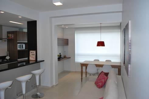 Apartamento .AC: Salas de estar modernas por Amis Arquitetura & Design