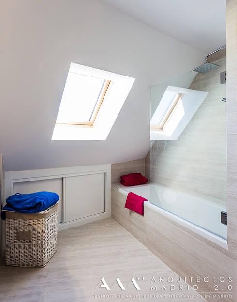 Projekty,  Łazienka zaprojektowane przez Arquitectos Madrid 2.0