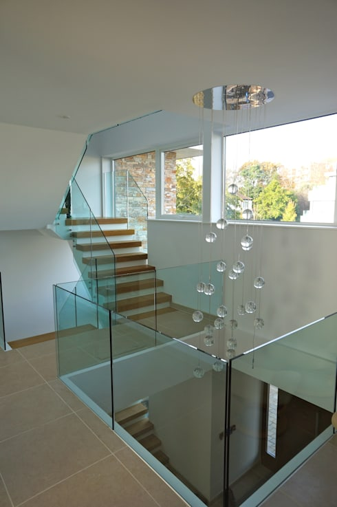 Alum Chine, Bournemouth:  Corridor & hallway by David James Architects & Partners Ltd