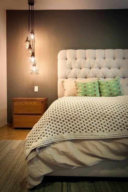 Dormitorios de estilo  por Concepto Taller de Arquitectura